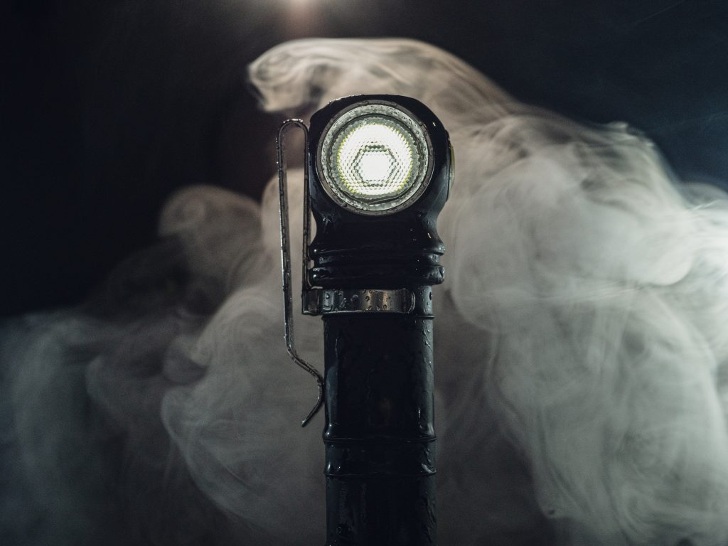Armytek Wizard C2 PRO MAX Review by 1lumen.com